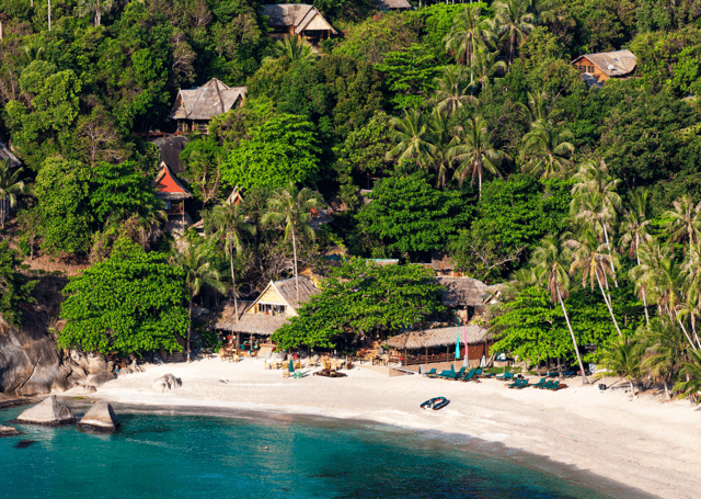 THAILAND: Nymåne over Koh Phangan