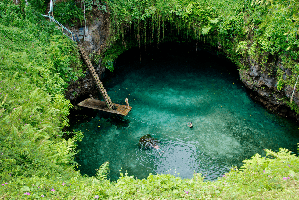 To Sua Ocean Trench. Heftig badeopplevelse.